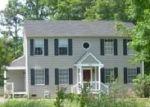 Foreclosed Home en FIVE OAKS LN, Ashland, VA - 23005