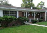 Foreclosed Home en GALAXIE DR, Jacksonville, FL - 32244