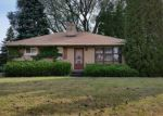 Foreclosed Home en S TRINTHAMMER AVE, Cudahy, WI - 53110