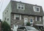Foreclosed Home en SCHOOL LN, Folcroft, PA - 19032