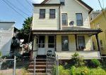 Foreclosed Home en AUTUMN ST, Bridgeport, CT - 06608