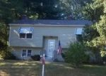 Foreclosed Home en HERITAGE DR, Seymour, CT - 06483