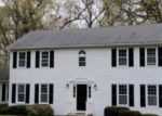 Foreclosed Home en SETTLERS FARM RD, Monroe, CT - 06468