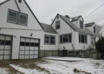 Foreclosed Home en SAW MILL RD, West Haven, CT - 06516