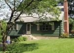 Foreclosed Home en BEVERLY RD, Trumbull, CT - 06611