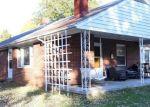 Foreclosed Home en BANKS FORT RD, Strasburg, VA - 22657