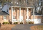 Foreclosed Home en RAMBLEWOOD RD, Petersburg, VA - 23805