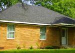 Foreclosed Home in N CASA GRANDE CIR, Duncanville, TX - 75116