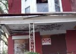 Foreclosed Home en N 21ST ST, Philadelphia, PA - 19138