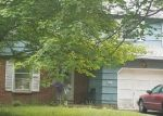 Foreclosed Home en WOODRUFF RD, Milford, CT - 06461