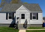 Foreclosed Home en MORRIS COVE RD, East Haven, CT - 06512