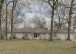 Foreclosed Home en NW FAWN CT, Blue Springs, MO - 64015
