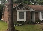 Foreclosed Home in MEADOWGLEN DR, Baytown, TX - 77521