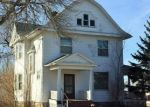 Foreclosed Home in W 13TH ST, Vinton, IA - 52349