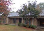 Foreclosed Home en W PECAN ST, Blytheville, AR - 72315