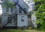 Foreclosed Home en PARKWOOD DR, Cleveland, OH - 44108