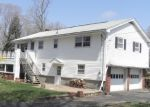 Foreclosed Home en NEWELL HILL RD, Ellington, CT - 06029