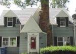 Foreclosed Home en LAMBERT DR, Toledo, OH - 43613
