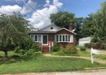Foreclosed Home en RIVERDALE AVE, Rosedale, MD - 21237
