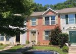 Foreclosed Home en CASTLESTONE DR, Rosedale, MD - 21237