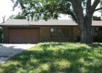 Foreclosed Home en S 76TH ST, Franklin, WI - 53132