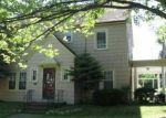 Foreclosed Home en CALEDONIA AVE, Cleveland, OH - 44112