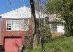 Foreclosed Home en REYBURN RD, Cleveland, OH - 44112