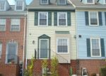 Foreclosed Home en KEVSWAY CT, Windsor Mill, MD - 21244