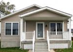 Foreclosed Home en CHESAPEAKE AVE, Sparrows Point, MD - 21219