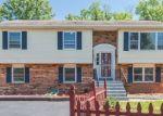Foreclosed Home en WALTON AVE, Suitland, MD - 20746