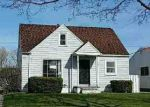 Foreclosed Home en SHAKESPEARE DR, Berea, OH - 44017