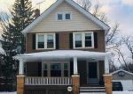 Foreclosed Home en QUEENSTON RD, Cleveland, OH - 44118