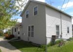 Foreclosed Home en S OAK ST, North Freedom, WI - 53951