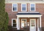 Foreclosed Home en MERIDENE DR, Baltimore, MD - 21239