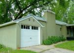 Foreclosed Home en PINCHOT AVE, Madison, WI - 53716