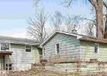 Foreclosed Home en OAK RIDGE DR, Green Bay, WI - 54304