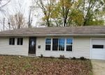 Foreclosed Home in S 18TH PL, Richmond, IN - 47374