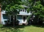 Foreclosed Home en CLARK ST, Olmsted Falls, OH - 44138