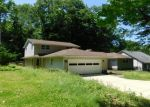 Foreclosed Home en CROSSVIEW RD, Independence, OH - 44131