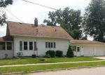 Foreclosed Home en N WALNUT ST, Janesville, WI - 53548