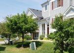 Foreclosed Home en ENCLAVE CIR, Bolingbrook, IL - 60440