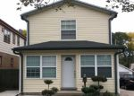 Foreclosed Home en S 86TH ST, Milwaukee, WI - 53214
