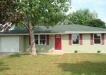 Foreclosed Home en TURNBERRY DR, Janesville, WI - 53548