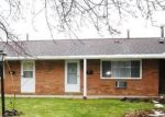 Foreclosed Home en RIVER OAKS DR, Rocky River, OH - 44116