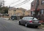 Foreclosed Home en BUSSING AVE, Bronx, NY - 10466