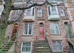 Foreclosed Home en S LAKE AVE, Albany, NY - 12203