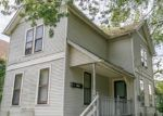Foreclosed Home en CLEMENT AVE, Cleveland, OH - 44105