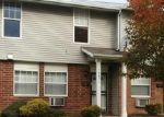 Foreclosed Home en CONCEPT DR, Cleveland, OH - 44128