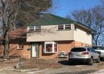 Foreclosed Home en LAINGS AVE, Bristol, PA - 19007
