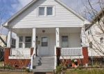 Foreclosed Home en CLARENCE AVE, Lakewood, OH - 44107